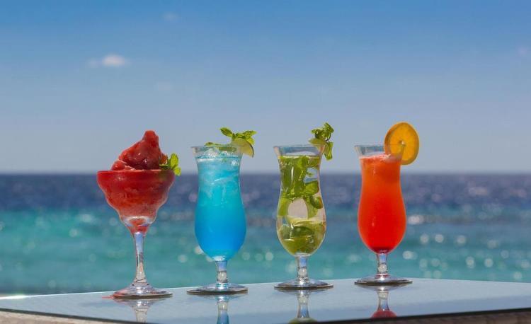 мальдивы отели с дискотеками и тусовками для молодежи 7