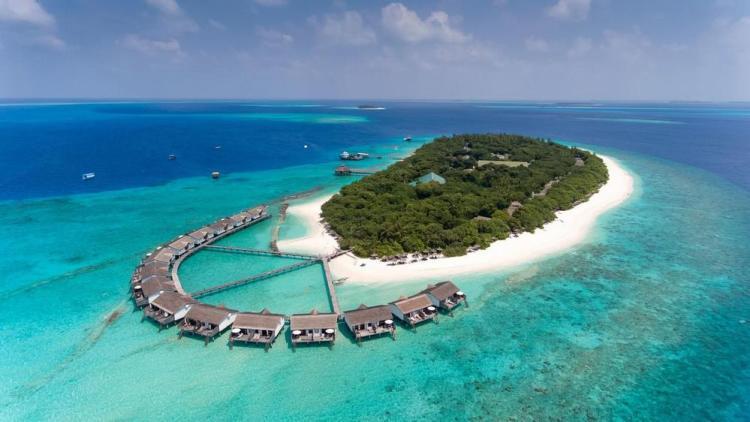 отели на мальдивах с песчаной косой reethi beach