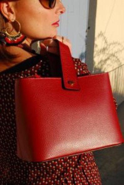 sac en cuir rouge grenat