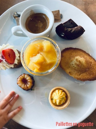 café gourmand table du 2