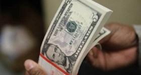 Dólar fecha a semana cotado a R$ 3,91, acumulando alta de 1,31%