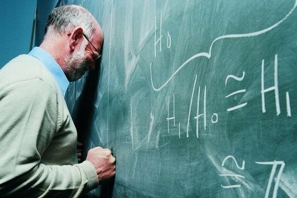 Número de professores com transtornos mentais dobra no Brasil, diz pesquisa