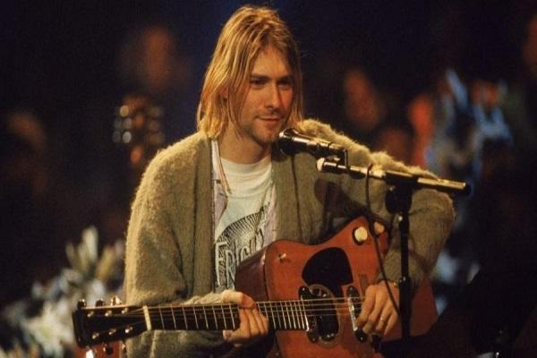 Sequestro, drogas e homicídio: A briga para ficar com um violão de Kurt Cobain