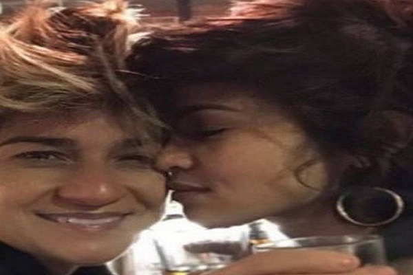 Após negar, atriz Nanda Costa assume namoro com percussionista Lan Lan