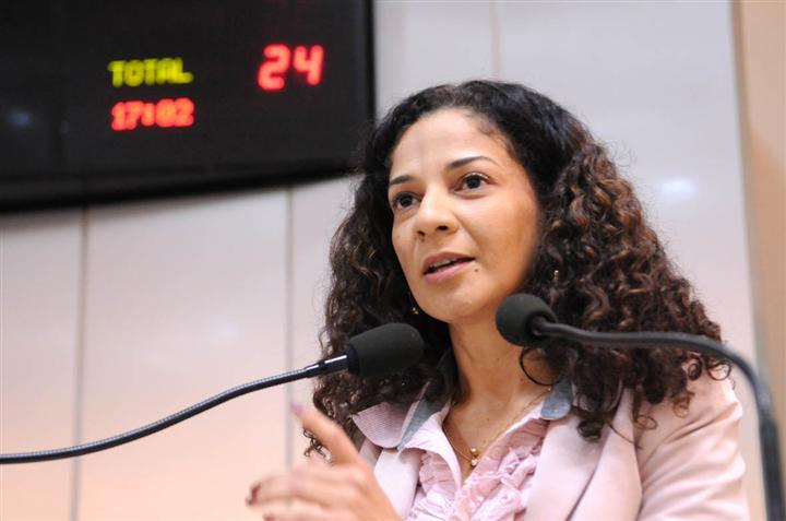 Ex-deputada estadual é nomeada no governo de RO, mas ainda não apareceu no trabalho