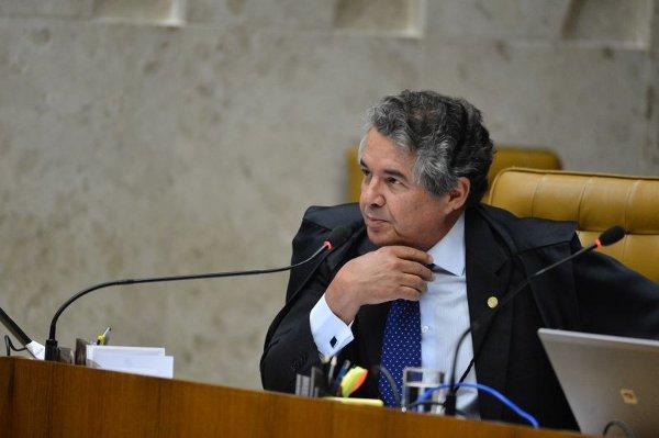 Presidente do TSE critica abstenção e afirma que eleitor não pode se omitir