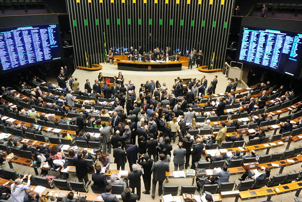 Centenário de Ulysses Guimarães é celebrado em sessão solene na Câmara
