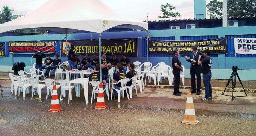 Agentes da PF cogitam greve durante Copa
