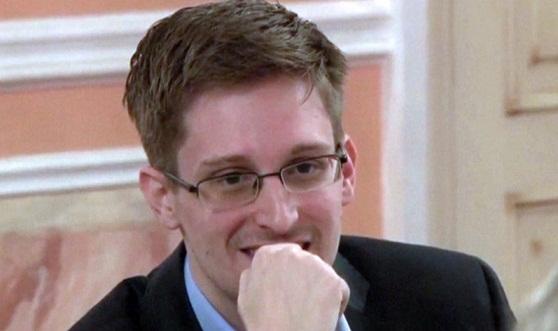 Snowden persuadiu outros funcionários da NSA a entregar senhas