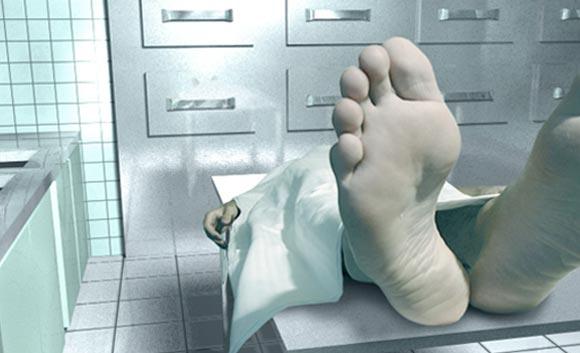 Resultado de imagem para homem no necrotério
