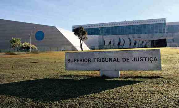 STJ decide se atraso em entrega de imóvel na planta gera dano moral