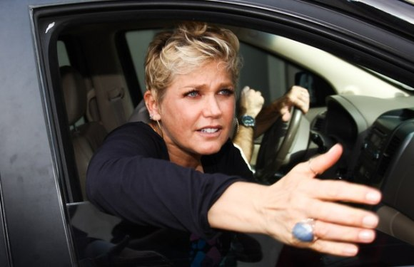 "Xuxa dá bronca em Justin Bieber: ""Menino arrogante, mimado"""