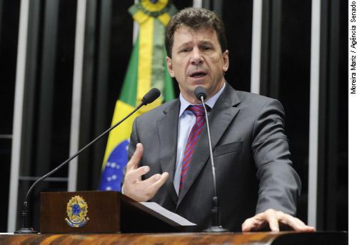 Cassol reafirma apoio à prorrogação de área de livre comércio para Guajará