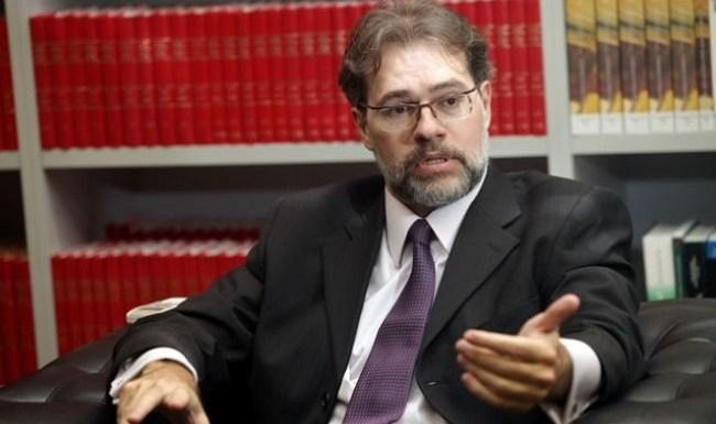 Ministro do Supremo Tribunal Federal (STF) se mostra crítico à legislação partidária do país