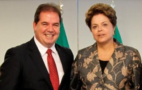 Dilma afirma que vai dar atenção para construção da ponte sobre o Rio Madeira que vai ligar o Acre ao Brasil