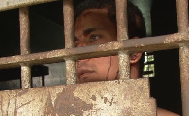 Briga decasal acaba com vizinha esfaqueada em Ariquemes