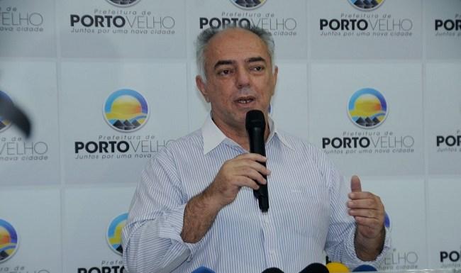 TCE manda Mauro Nazif e irmão suspenderem licitação de R$ 14, 7 milhões