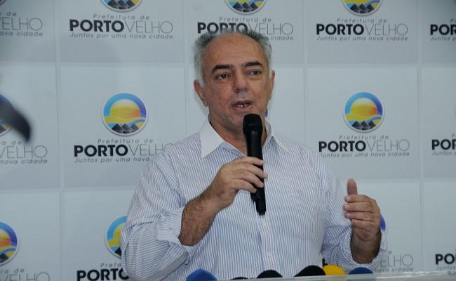 ERRAMOS: Nazif aprovado em concurso é filho do ex-prefeito