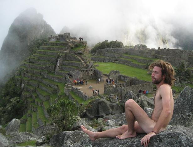 Nova moda, fotos sem roupa em Machu Picchu preocupa autoridades