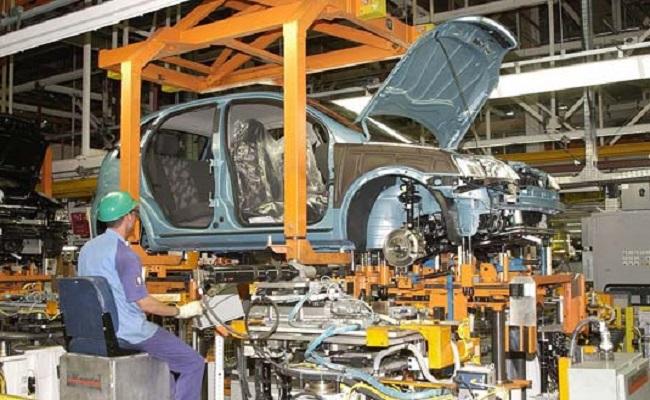 Produção de veículos puxa alta de 0,4% da indústria em fevereiro