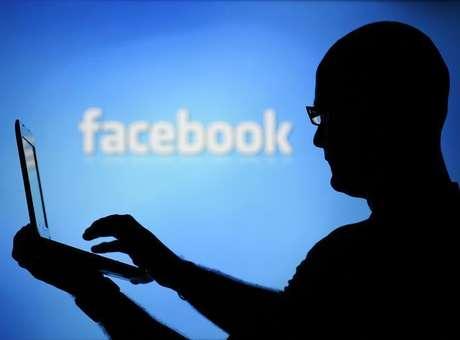 Adolescente se gaba no Facebook e faz pai perder US$ 80 mil