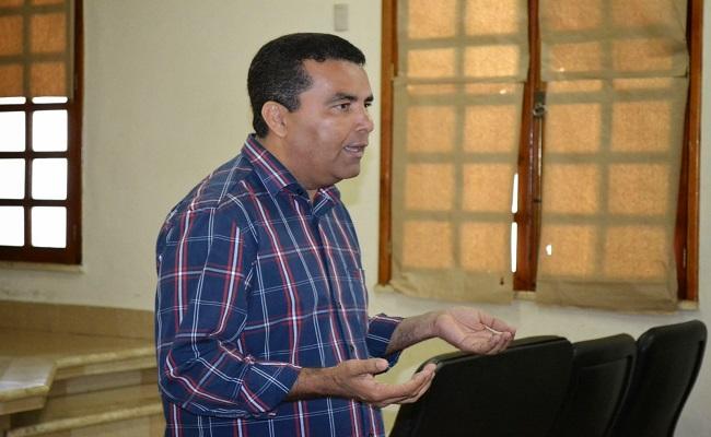 Eleitores se dizem inconformados com o sumiço de Lindomar Garçon