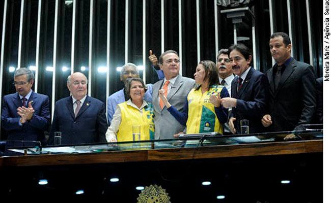 Senado aprova piso de R$ 1.014 para agentes comunitários de saúde
