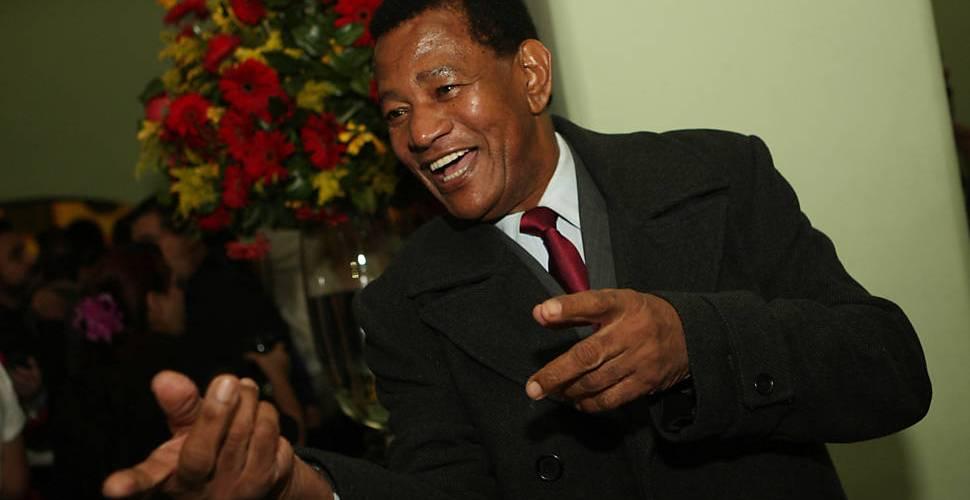 Jair Rodrigues morre aos 75 anos