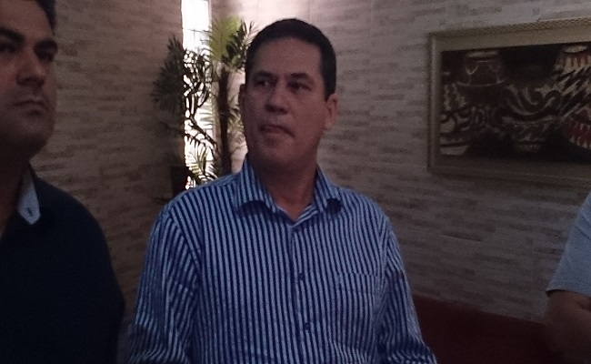 Maurão convoca imprensa e acusa Cassol de ameaças e sabotagem