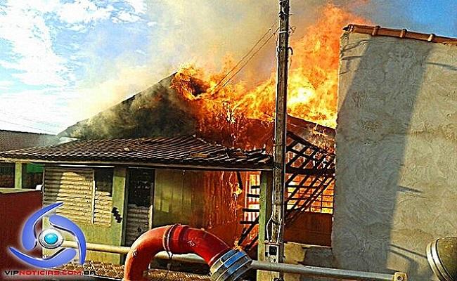 Incêndio destrói residência em Cacoal