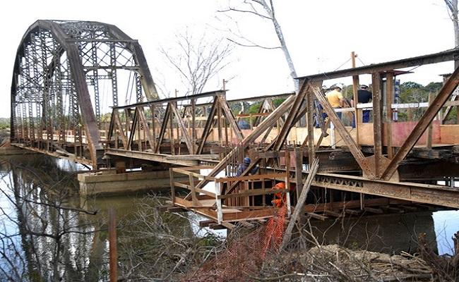 Iniciadas as obras de alteamento da ponte ferroviária de Jacy-Paraná