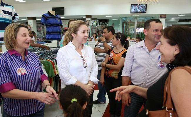 Jaqueline e Ivone Cassol percorrem municípios da região Central e Zona da Mata