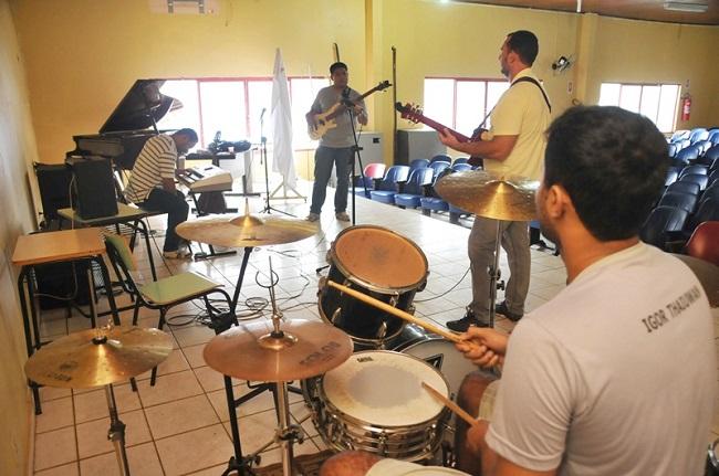 Escola Jorge Andrade promove grande evento musical a céu aberto