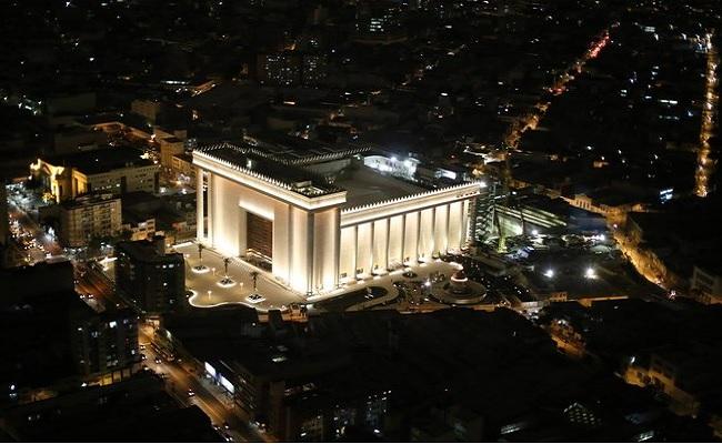 """Foi """"obra de satanás"""", diz bispo da Universal sobre acidente no Templo de Salomão"""