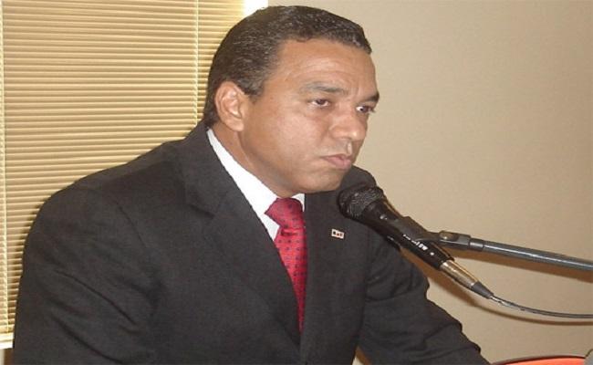 Advogado substitui Assis Gurgacz na chapa ao senado