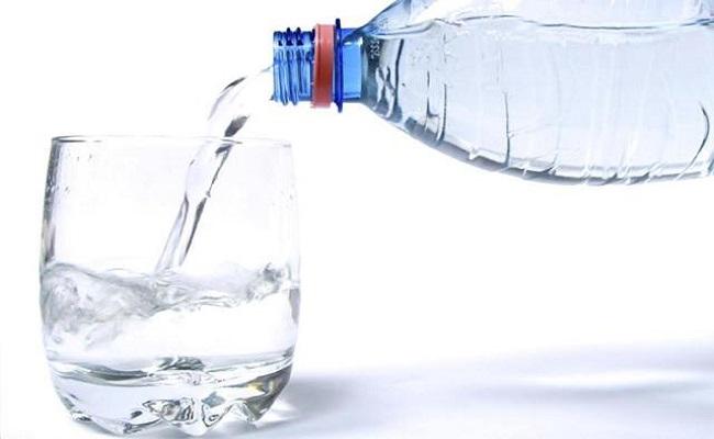 Conheça mitos e verdades sobre o consumo de água