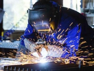 Indústria cresce em nove dos 14 locais pesquisados pelo IBGE