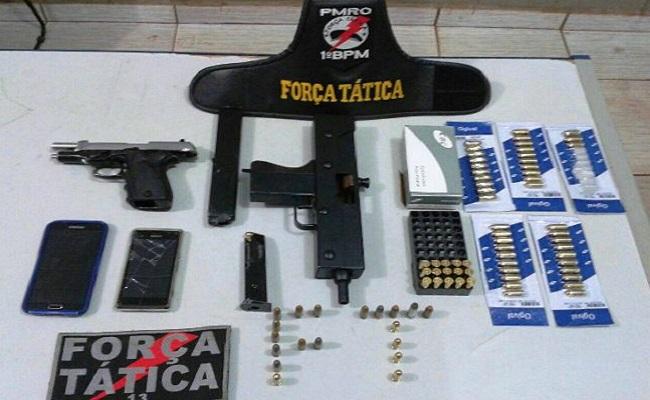 PM apreende submetralhadora e arma da SESDEC em Porto Velho