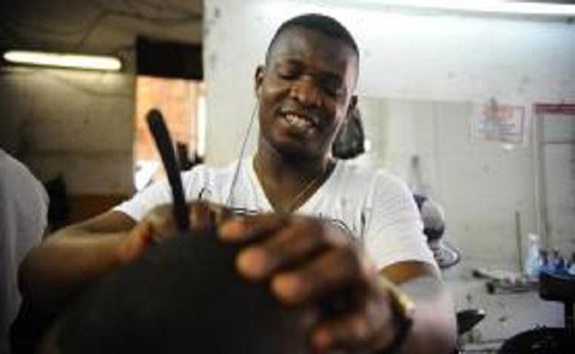 Facilidade com língua e vagas de trabalho fazem angolanos virem para o Brasil