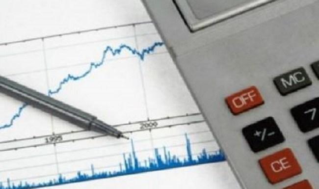Crise política paralisa ajuste fiscal