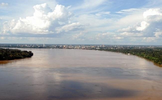 Após chuva torrencial nível do rio permanece estável, nova enchente não é descartada