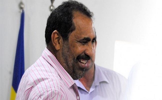 Ex-prefeito de Governador Jorge Teixeira é condenados por queima de livros escolares
