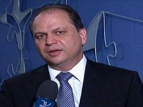 Com patrimônio de R$ 1,8 mi, ministro da saúde comprou terreno de R$ 56 milhões no Paraná