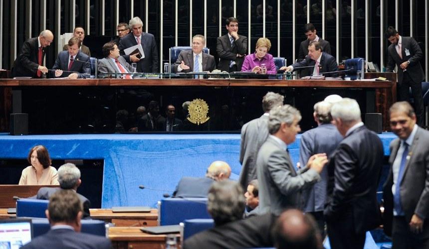 Senado aprova atentado ao direito de opinião e à liberdade de imprensa