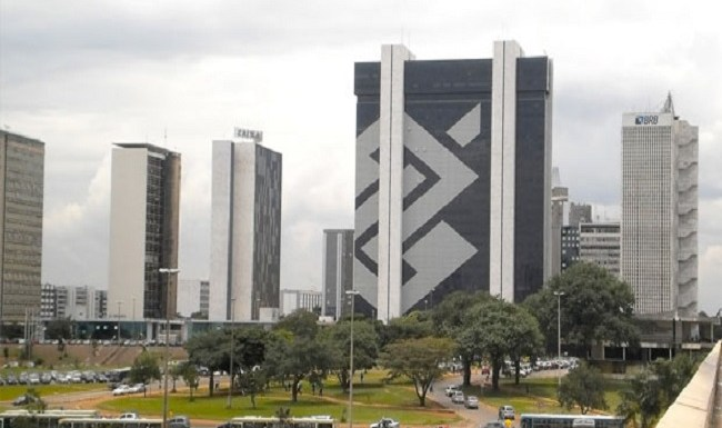 Brasil avança em ranking de países emergentes, mas segue entre os mais frágeis