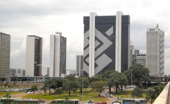 TCU autoriza Banco do Brasil a continuar licitação para contratar advogados