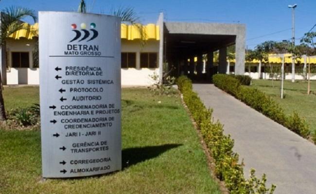 Detran do Mato Grosso publica edital de concurso; salários de até R$ 6 mil