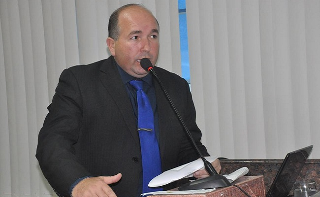 Vereador quer implantar passe livre estudantil na capital