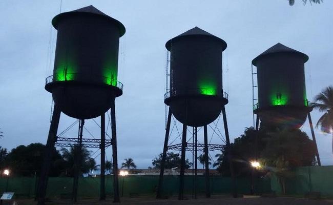 Praça das Três Caixas D´Agua ganha iluminação especial para homenagear a Defensoria Pública