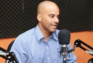 Emerson Castro era secretário de Educação e atualmente é Chefe da Casa Civil